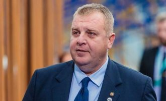 Καρακατσάνοφ: Τα Σκόπια θέλουν να τα βάλουμε στην ΕΕ και μετά να μας μαχαιρώσουν πισώπλατα
