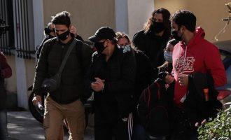 Νότης Σφακιανάκης: Μην μασάτε με τη μ@λ@κί@ που μας πασάρουν