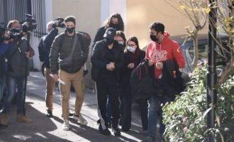 Ελεύθερος αφέθηκε ο Νότης Σφακιανάκης: «Είμαι εγκληματίας»