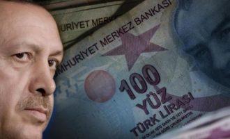 Πέφτει η τουρκική λίρα μετά τη φήμη ότι ο Ερντογάν επαναφέρει τον Αλμπαϊράκ στην κυβέρνηση
