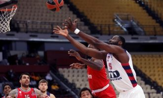 Euroleague: Ο αποδεκατισμένος Ολυμπιακός έχασε 67-60 από τη Μπασκόνια
