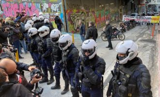 ΚΙΝΑΛ: «Αστυνομικός χουλιγκανισμός & ντροπιαστικές εικόνες» – Καταδικάζει συλλήψεις και προσαγωγές