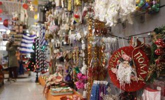 Κορωνοϊός: Ανοίγουν τη Δευτέρα 110 καταστήματα με χριστουγεννιάτικα – Ποια θα ακολουθήσουν μετά