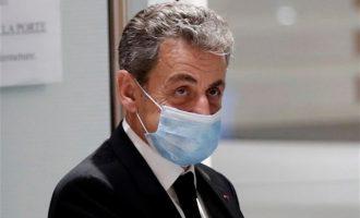 Tα αρνείται όλα ο Σαρκοζί: Δεν είχα ιδέα για τα οικονομικά της προεκλογικής εκστρατείας