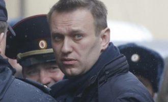 Ρωσία: Κηρύχθηκαν «εξτρεμιστικές» οι οργανώσεις του Ναβάλνι