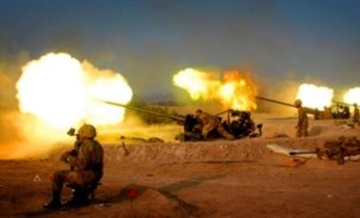Οι Τούρκοι βομβάρδιζαν όλο το βράδυ κουρδικές θέσεις στη Β/Δ Συρία