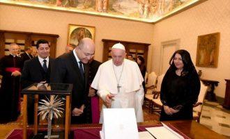 Πάπας από τη Βαγδάτη: Ας σιγήσουν τα όπλα
