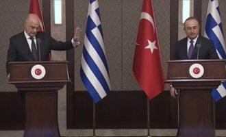 Τι γράφουν οι τουρκικές εφημερίδες για τη μονομαχία Δένδια-Τσαβούσογλου