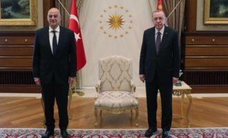 Ο Ερντογάν μοιράζει… πατάτες στο εσωτερικό και… απειλές στο εξωτερικό: Ο Δένδιας άκουσε και δεν σιώπησε…