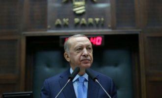 Bουλευτής είπε στον Ερντογάν ότι θα καταλήξει στην κρεμάλα