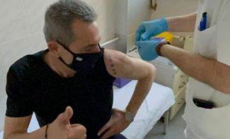 Ο Πάνος Καμμένος εμβολιάστηκε με Sputnik στη Σερβία