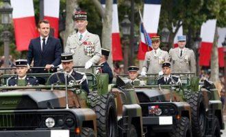 Γαλλία: Στρατηγοί εν αποστρατεία ονειρεύονται πραξικόπημα – Ο ρόλος της Λεπέν