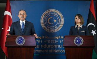 Λιβύη: Αποικιακή επίσκεψη Τσαβούσογλου και Ακάρ – Νάτζλα Μανγκούς: Φύγετε από τη χώρα μου