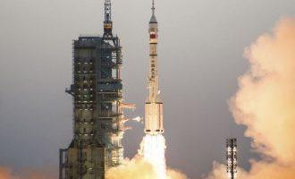 Κίνα: Θα εκτοξεύσει επανδρωμένη αποστολή προς τον διαστημικό της σταθμό