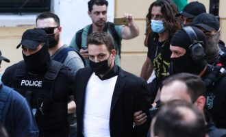 Μπ. Αναγνωστόπουλος: Σκέφτηκα να εξαφανίσω το πτώμα της Καρολάιν