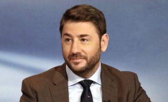Ανδρουλάκης: Είμαι ΠΑΣΟΚ – Ανασυγκρότηση με αποφασισμένους καμικάζι