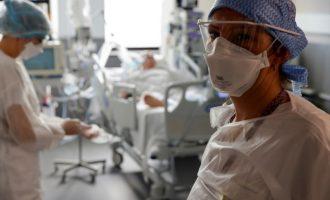 Καπραβέλος: Δεν έχω ξαναδεί τέτοιον ιό! Καταστρέφει τα όργανα, οι ασθενείς ικετεύουν για οξυγόνο