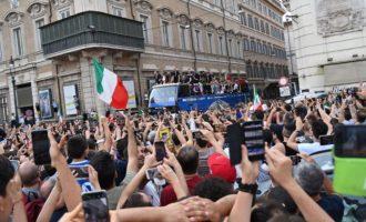 Ρώμη: Πενταπλασιάστηκαν τα κρούσματα μέσα σε μια εβδομάδα λόγω του Euro