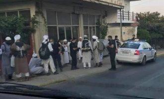 Προσαγωγή 13 τουριστών στην Καλαμάτα επειδή τους νόμισαν για Ταλιμπάν