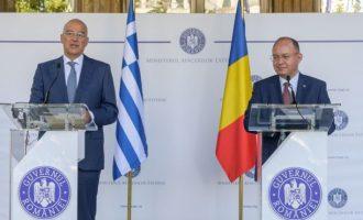 Νίκος Δένδιας: Η Ελλάδα δεν υπονομεύει τη συνοχή του ΝΑΤΟ, ούτε το αποσταθεροποιεί όπως άλλοι «σύμμαχοι»