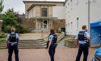 Ισλαμιστές σχεδίαζαν βομβιστικό μακελειό σε Συναγωγή στη Γερμανία – Τους πρόλαβαν