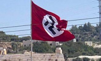 Παλαιστίνιοι ύψωσαν ναζιστική σημαία κοντά στη Χεβρώνα (βίντεο)