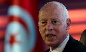 Τη μετατροπή της Τυνησίας σε προεδρική δημοκρατία σκέφτεται ο Σαγιέντ – Η χώρα στον προθάλαμο του ΔΝΤ